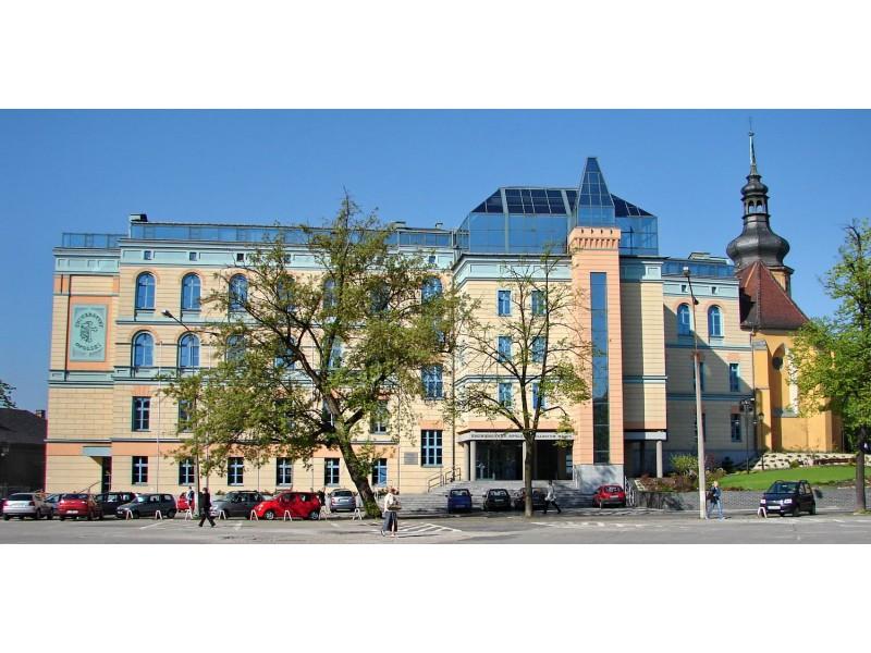 Opole, pl. Kopernika, UO - Collegium Maius