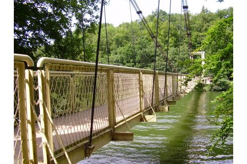 Most Wiszący nad J. Raduń